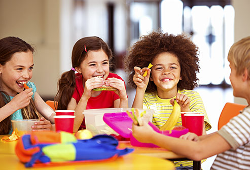 12 TIPS FOR MAKING SCHOOL LUNCHES YOUR KIDS WILL ACTUALLY EAT